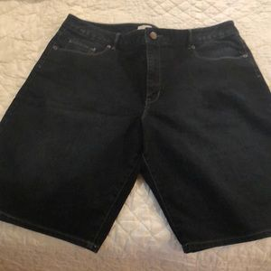 Coldwater Creek Natural Fit Denim Shorts 16